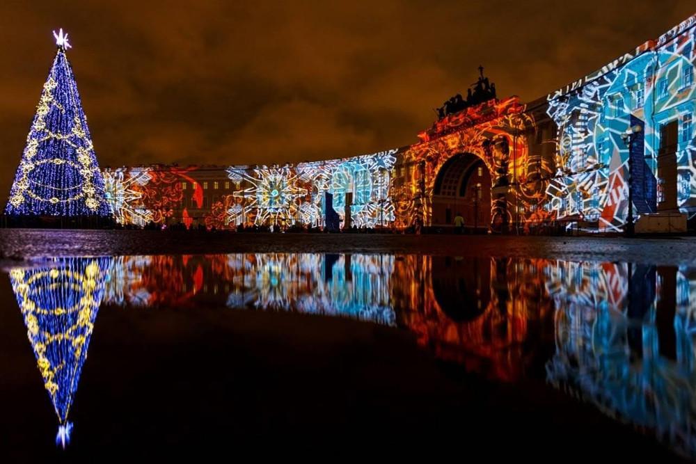 НаДворцовой площади вПетербурге пройдет мультимедийное шоу