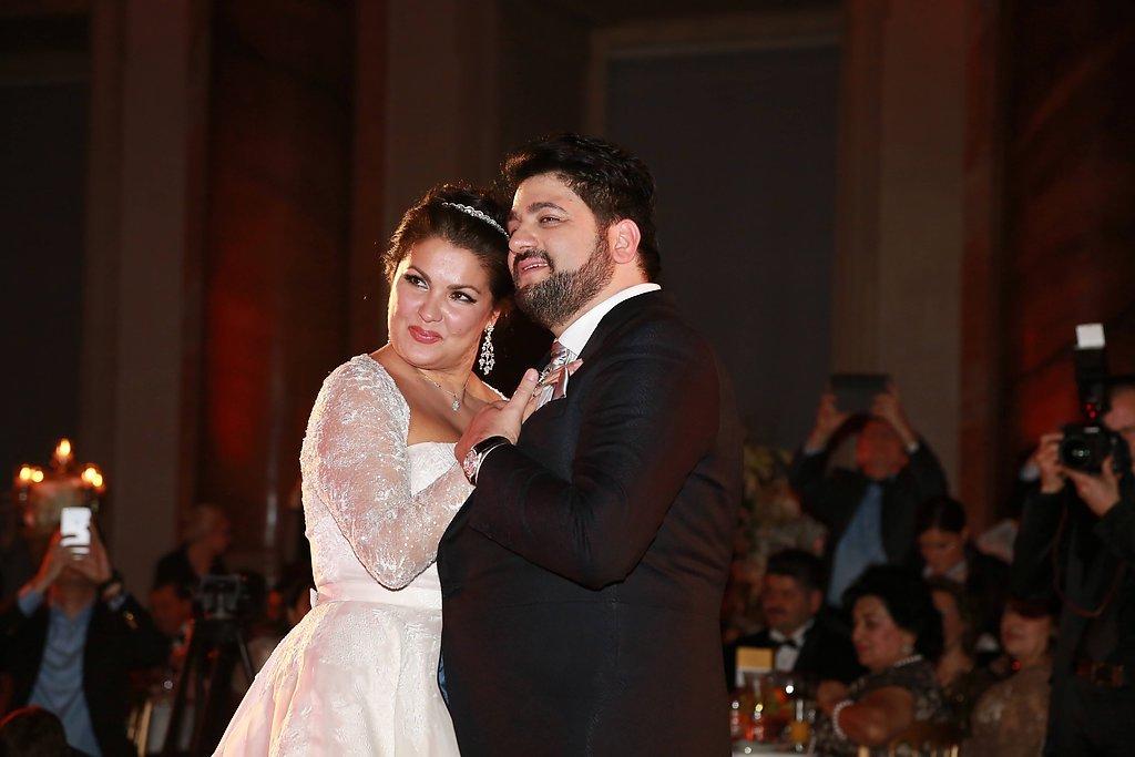 значит нетребко свадьба фото новогодние декоративные вырезки