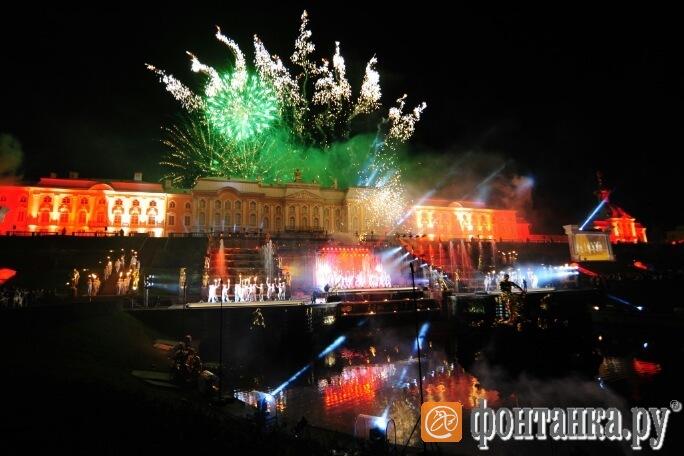Елизавета Боярская будет вести праздник закрытия петергофских фонтанов
