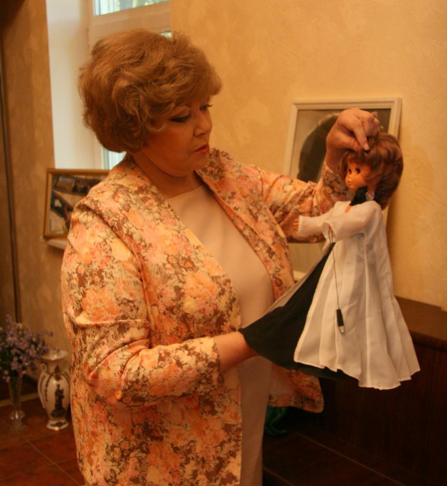 Путин поздравил Эдиту Пьеху с80-летним юбилеем