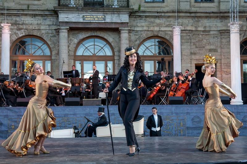 ВГатчине музей ипарк станут сценой для фестиваля оперетты