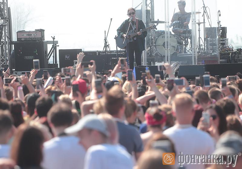 Изонлайна вофлайн: навыходных вПетербурге пройдетVK Fest